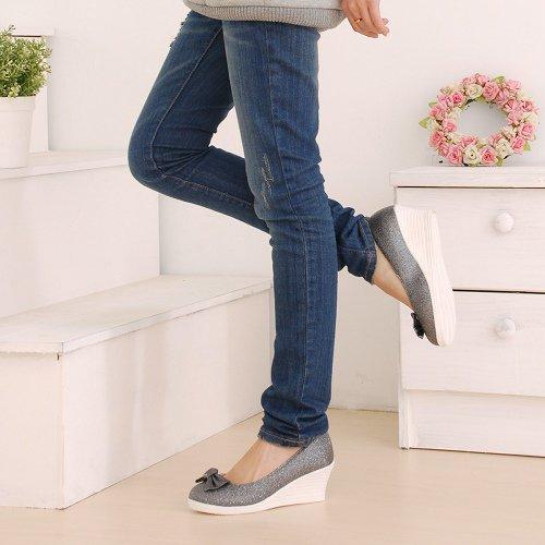 танкетки с джинсами