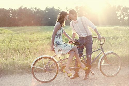 свидание велосипед