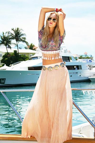 длинная юбка с коротким топом