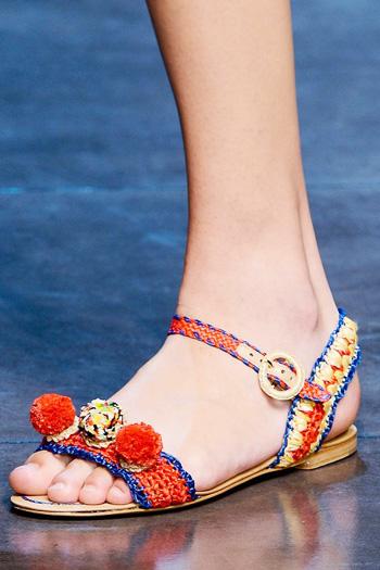 модная летняя обувь 2014 в стиле этно