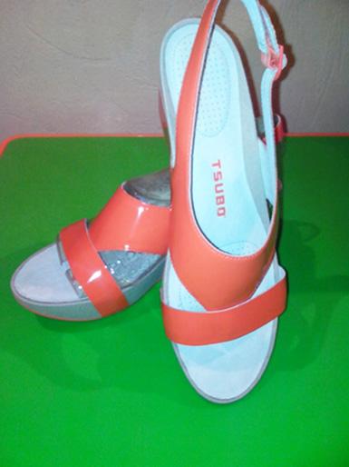 модная летняя обувь 2014 с яркой стелькой