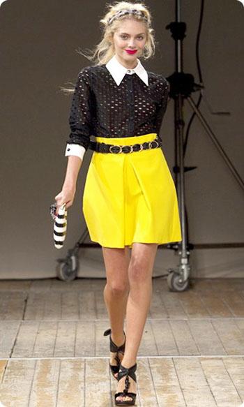 с чем носить желтый цвет в одежде