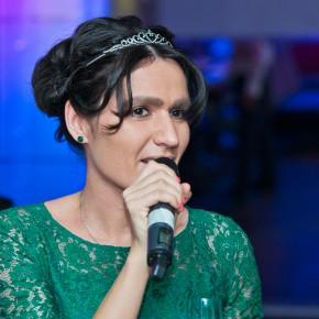 Певица Женя Тополь: «Нет ничего приятнее объятий собственного ребенка!»