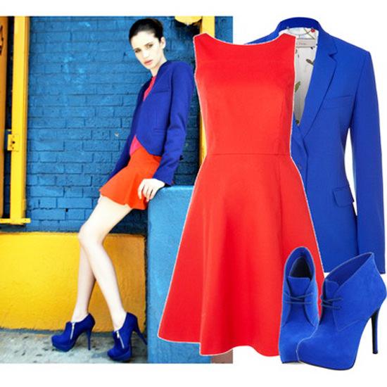 Сочетание синего платья с красным
