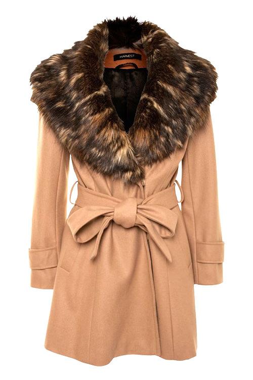 бежевое пальто с мехом