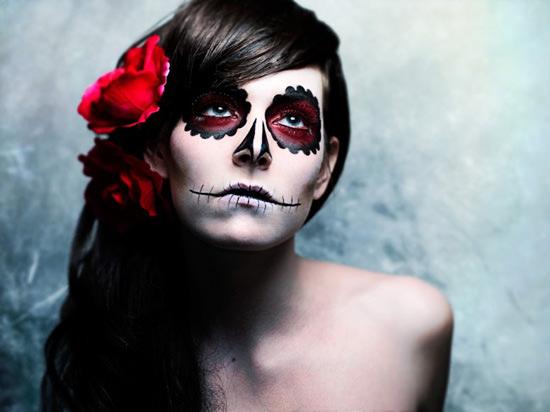 как праздновать Хэллоуин прическа и грим