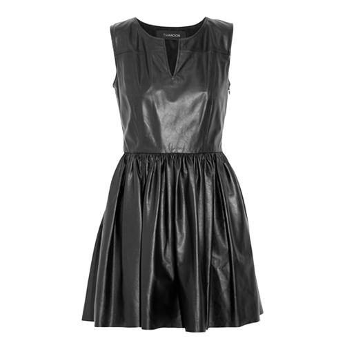 маленькое черное платье из кожи 2014
