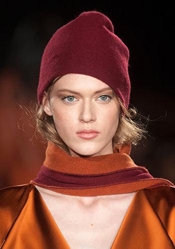 модные цвета шапок