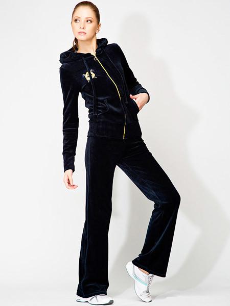 модные женские спортивные костюмы велюровый
