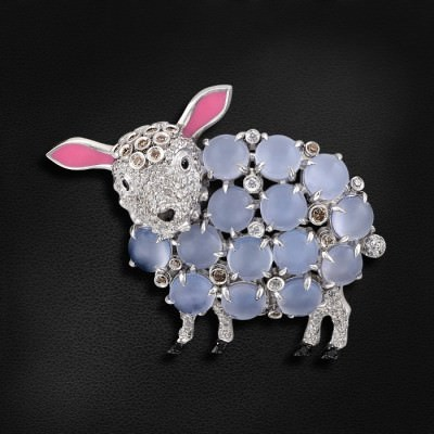 что надеть на Новый год 2015 брошь овечка