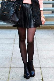 кожаная юбка с меховым жилетов