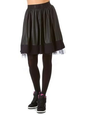 кожаная юбка со сникерами