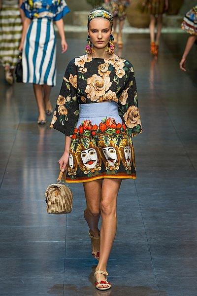 Модная одежда весна-лето 2018 года - фото женских трендов Дольче Габбана Обувь 2013