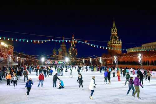 Novyiy god na katke v Moskve