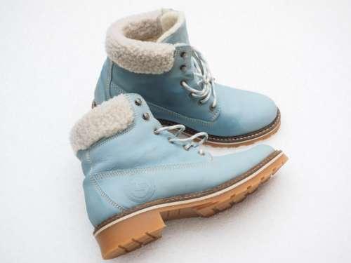 голубые модные женские ботинки зима 2020
